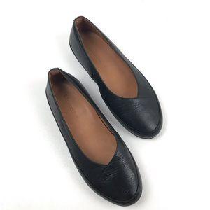L'amour des pieds black leather ballet flats